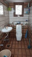 15J1U00132: bathroom 1