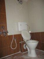 15S9U00067: Bathroom 2