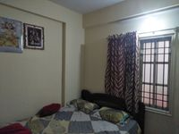 12J6U00441: Bedroom 1
