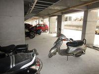 13J6U00175: parking 1