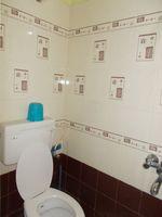 13A4U00232: Bathroom 3