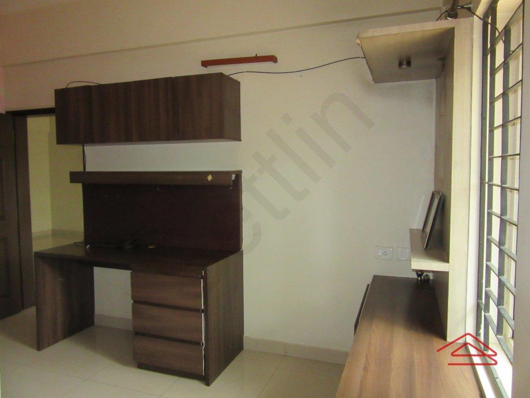 13OAU00363: Bedroom 1