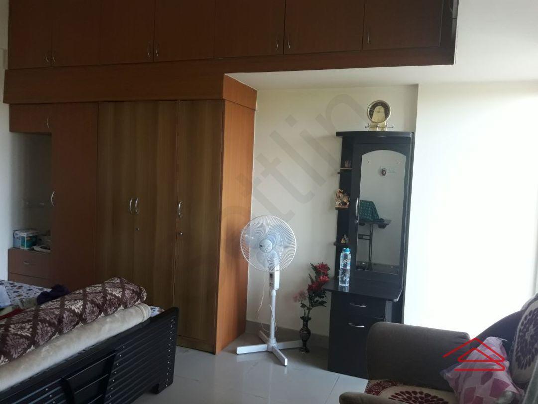 13F2U00029: Bedroom 1