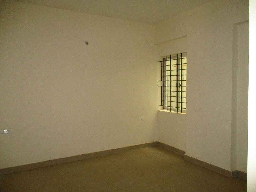 10A8U00411: Bedroom 1