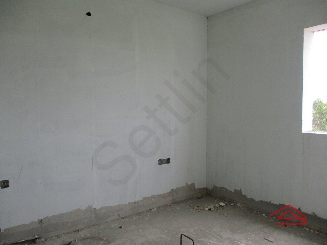 15S9U00339: Bedroom 1