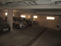 13F2U00056: parking 1