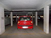 11S9U00447: parking