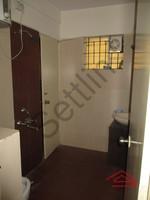 11M3U00095: Bathroom 1