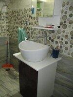 15F2U00273: Bathroom 2