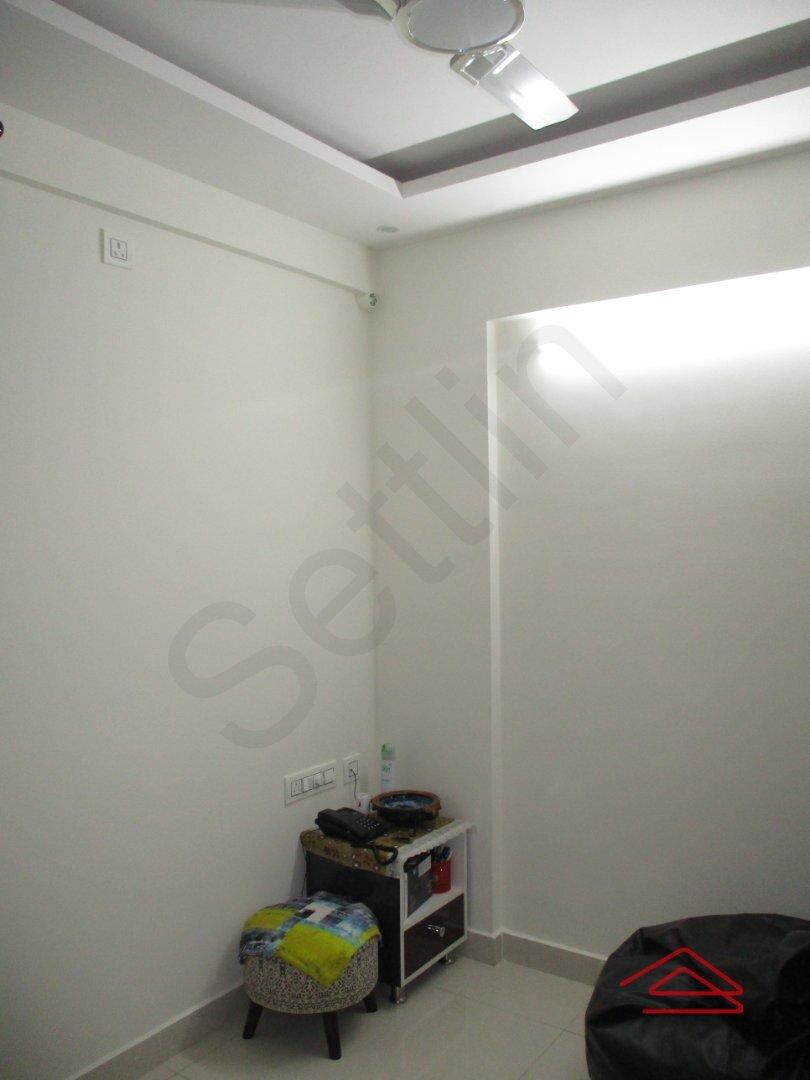 15F2U00273: Bedroom 1