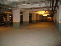 10M5U00162: parking 1