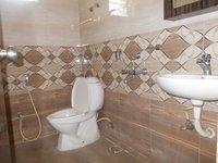 13OAU00222: Bathroom 3