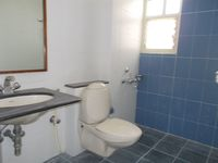 13M3U00115: Bathroom 3