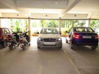 G8: parking