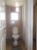 12J1U00008: Bathroom 2