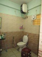 13DCU00378: Bathroom 2