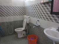 13J6U00115: Bathroom 1