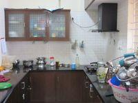 13J6U00115: Kitchen 1