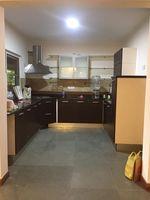 13J1U00235: Kitchen 1