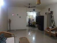 11S9U00370: Hall