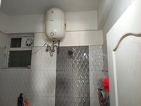 14OAU00308: Bathroom 2