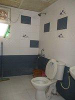 14F2U00201: Bathroom 2