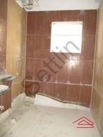 10DCU00348: Bathroom 2