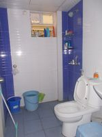 13F2U00543: Bathroom 1
