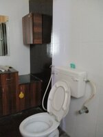 15J7U00785: Bathroom 1