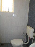 15J7U00785: Bathroom 2