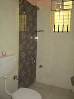 15J7U00785: Bathroom 3