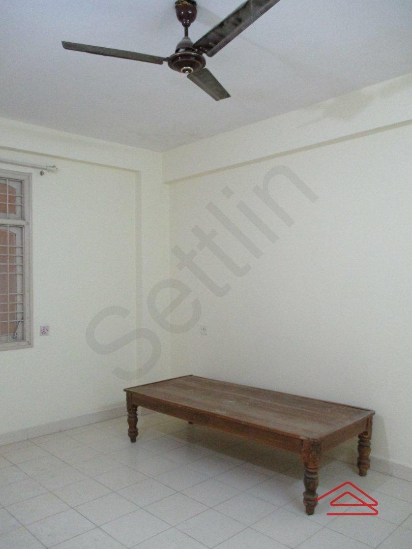 15A4U00085: Bedroom 1