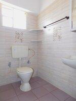 15A4U00399: Bathroom 1