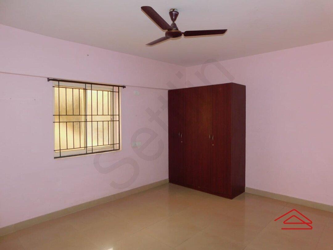 15A4U00399: Bedroom 1
