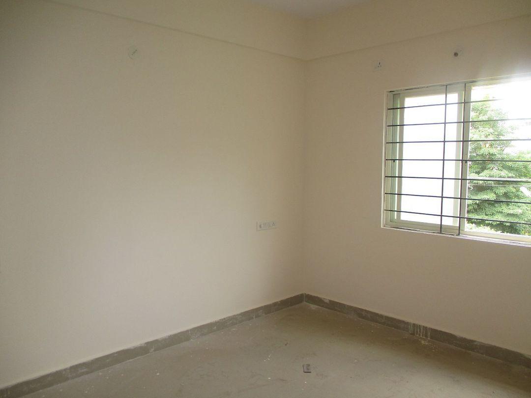 10S900043: Bedroom 1