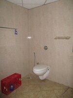 15S9U00053: Bathroom 1