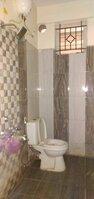 15S9U01118: Bathroom 2