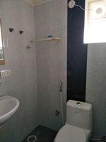 12M5U00092: Bathroom 2