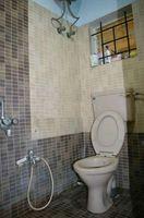 13A4U00272: Bathroom 1