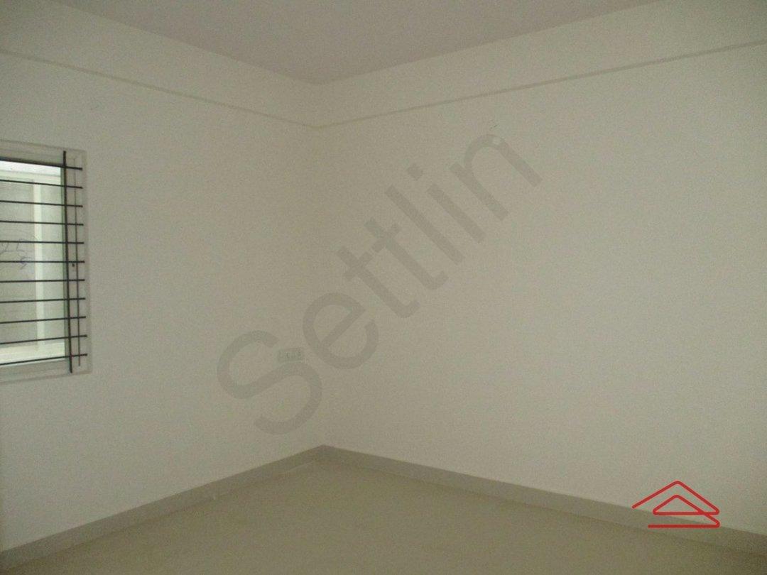 14J1U00311: Bedroom 1