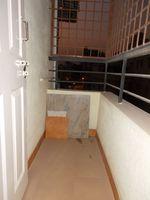 13J1U00208: Balcony 2