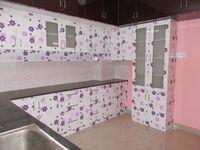 13J1U00208: Kitchen 1