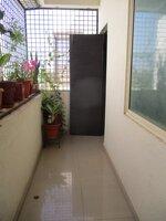15F2U00300: Balcony 1