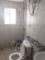 13OAU00054: Bathroom 3