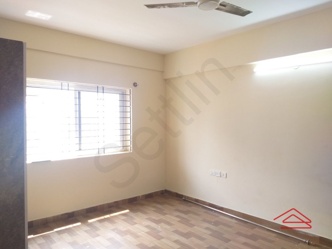 13OAU00054: Bedroom 1