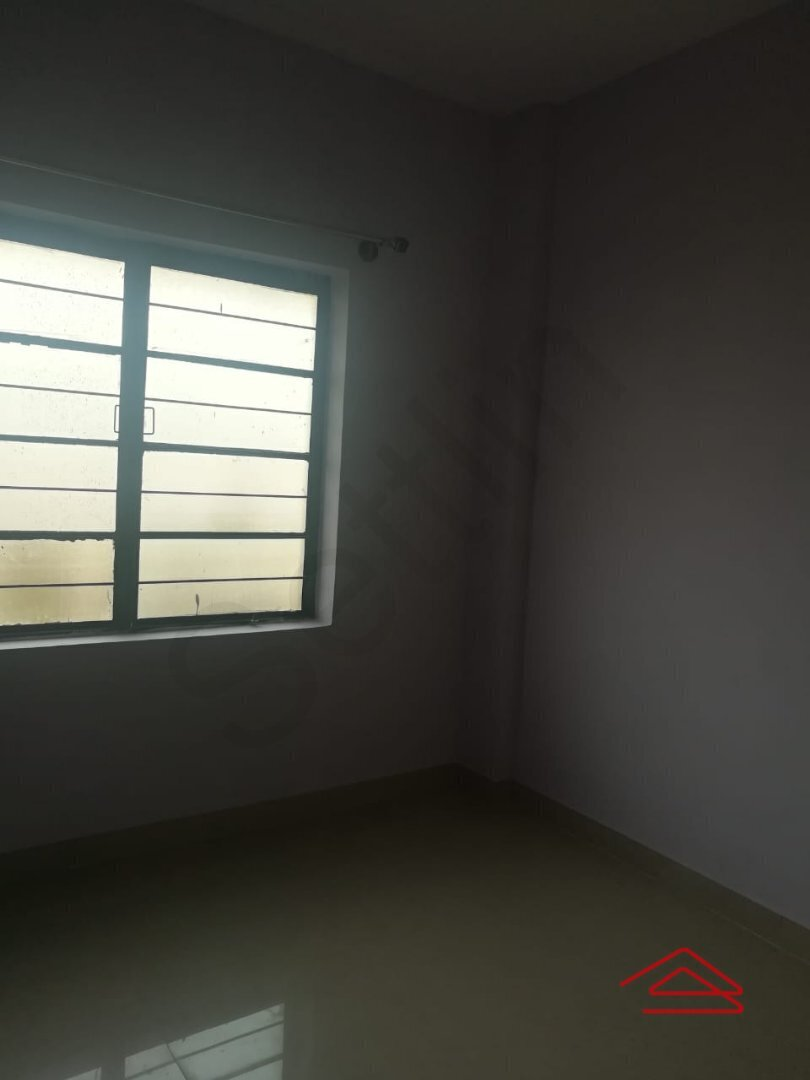 15J7U00300: Bedroom 1