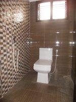 14M3U00399: bathroom 3