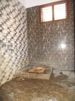14M3U00399: bathroom 1