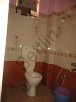 11M3U00111: Bathroom 1