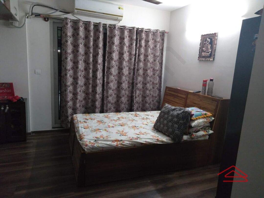 15F2U00390: Bedroom 1